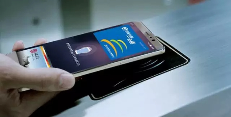 """Платёжная система Huawei Pay заработает в России в начале 2019 года"""""""