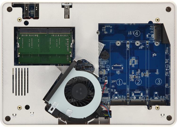 """Компактное хранилище QNAP TBS-453DX NASbook рассчитано на четыре модуля М.2"""""""