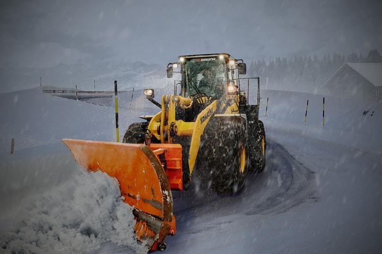 """В России начаты испытания роботизированных снегоуборочных машин"""""""