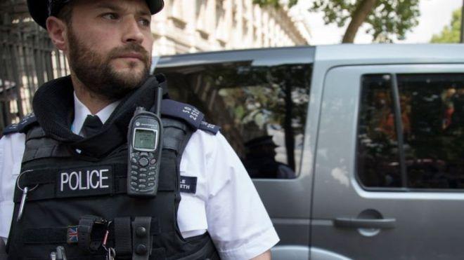 """В Великобритании удалили оборудование Huawei из сети для полиции и экстренных служб"""""""