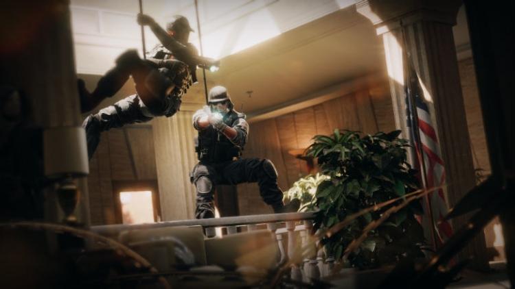 """Новогодний подарок в Rainbow Six Siege: игроки могут получить одного случайного оперативника"""""""