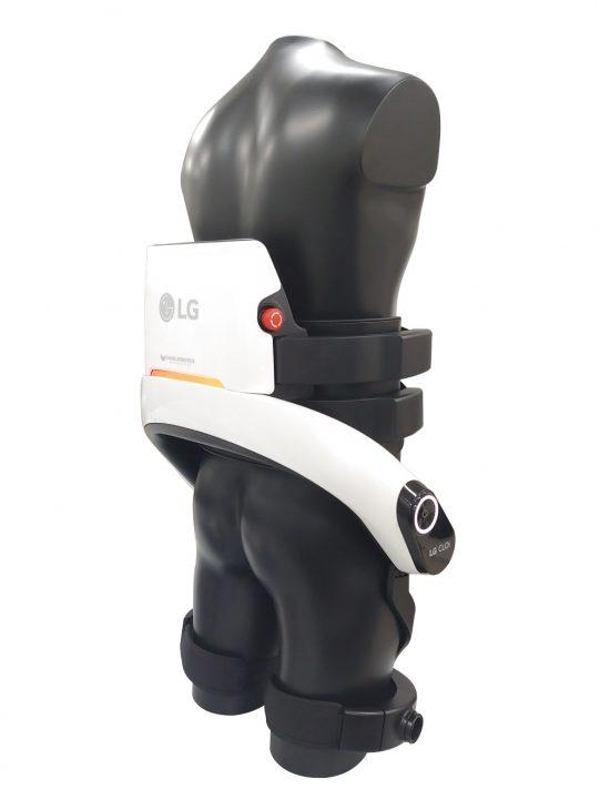 """«Носимый» робот LG CLOi SuitBot стал меньше похож на экзоскелет"""""""