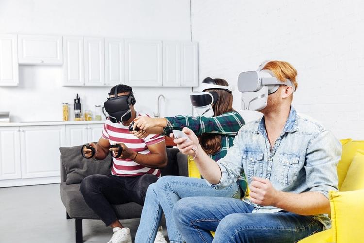 """Маска FeelReal позволит понюхать объекты в виртуальной реальности"""""""