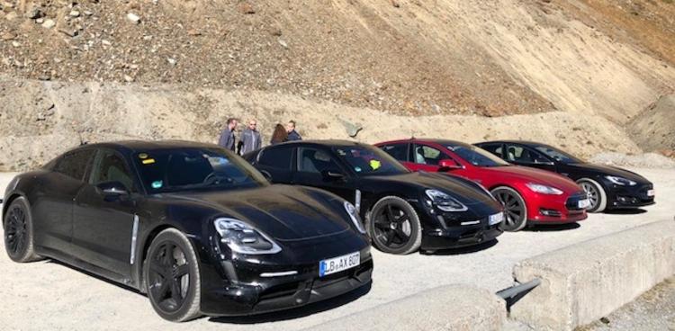 """Электромобиль Porsche Taycan оказался популярным у владельцев Tesla"""""""