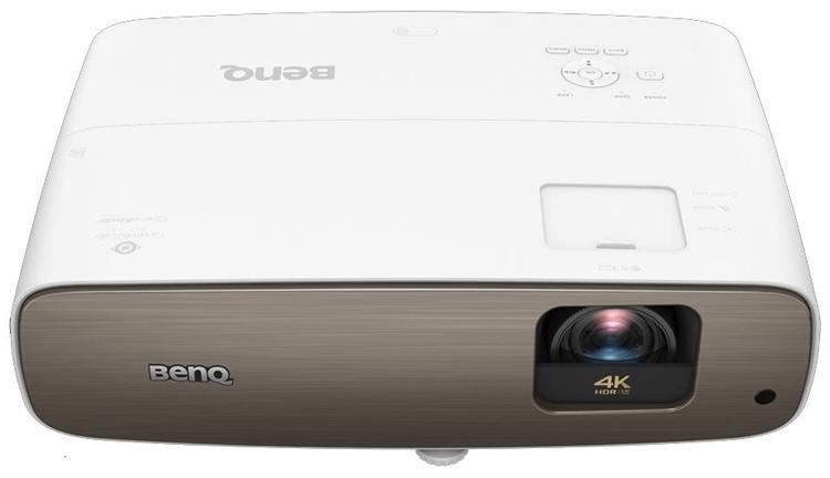 """Проектор BenQ CinePrime W2700 соответствует формату 4К"""""""