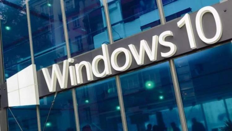 """Windows 10 стала самой популярной настольной ОС в мире"""""""
