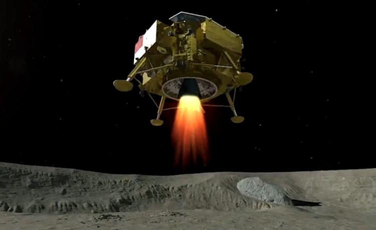 """Китай первым посадил космический аппарат на обратной стороне Луны"""""""