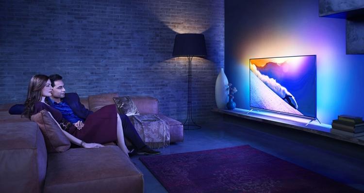 "CES 2019: телевизоры Philips 4K на платформе Android TV"""