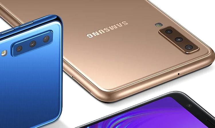"""Гибкий смартфон Samsung может быть оборудован «трёхглазой» камерой"""""""