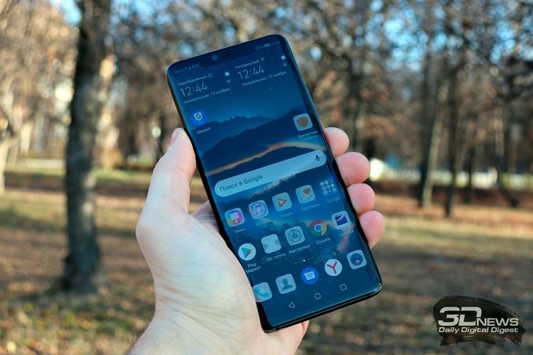 Huawei Mate 20 Pro был один из основных конкурентов iPhone XS Max (на фото ниже) в 2018 году