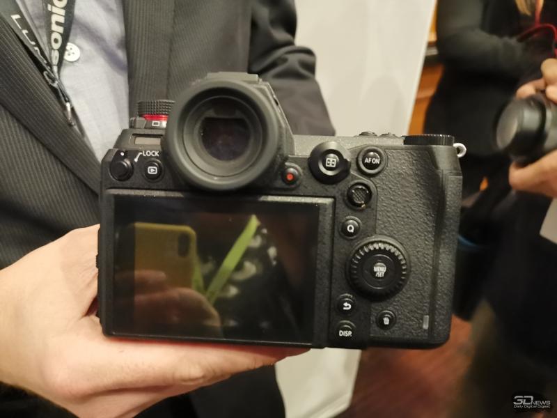 """CES 2019: Полнокадровые беззеркальные камеры Panasonic Lumix S1R и S1"""""""