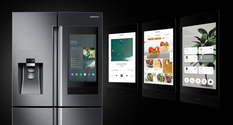 """CES 2019: Новые смарт-холодильники Samsung Family Hub с огромным дисплеем"""""""