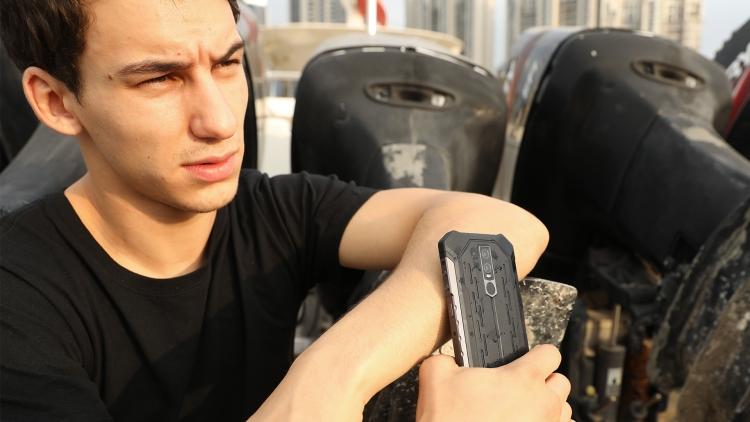 """При оформлении предзаказа на неубиваемый смартфон Ulefone Armor 6 предоставляются скидки и подарки"""""""