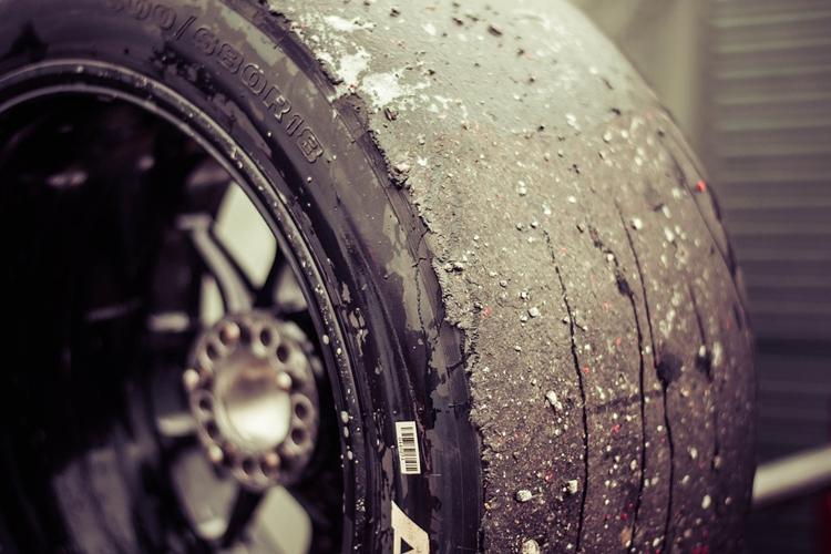 """Российские смарт-метки расскажут о состоянии автомобильных покрышек"""""""