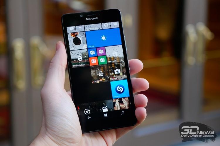 Поддержка Windows 10 Mobile продлится меньше года