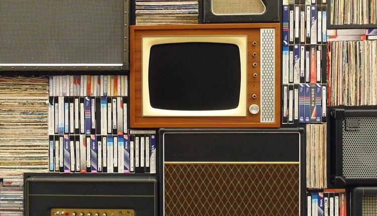 """В Минкомсвязи рассказали о поэтапном отключении аналогового телевидения в России"""""""