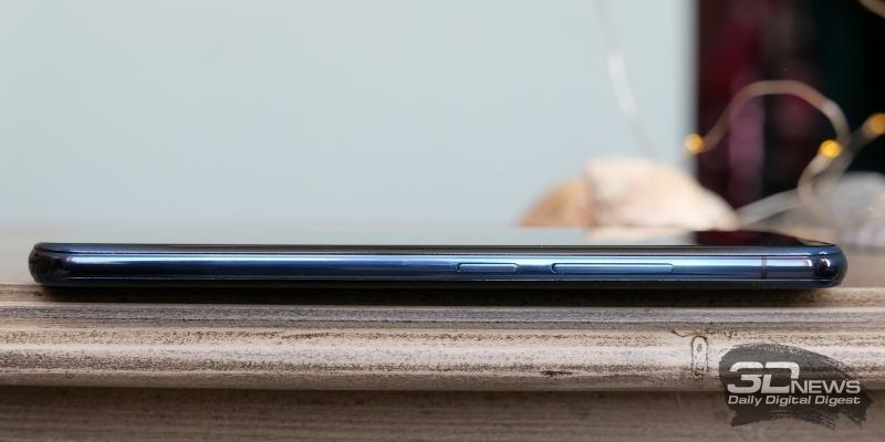 Vivo NEX Dual Display, правая грань: клавиша переключения на второй экран