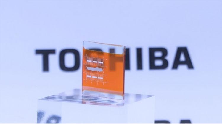 """Toshiba разработала двойную солнечную панель с эффективностью до 40 %"""""""