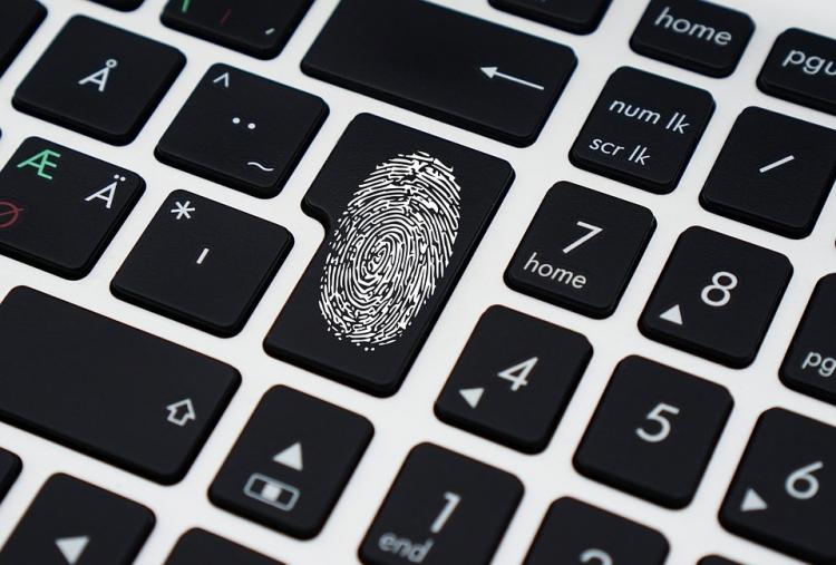 """В Сети обнаружили утечку из 2,2 млрд логинов и паролей"""""""