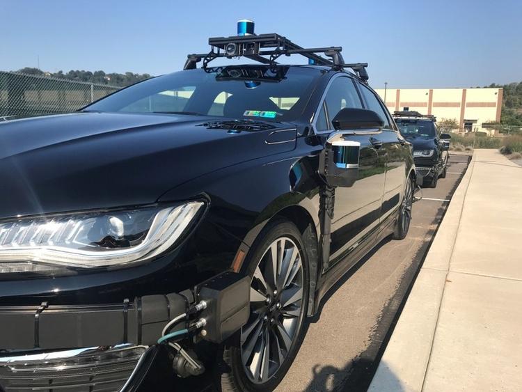 """Стартап Aurora бывшего сотрудника Google получил более полумиллиарда долларов инвестиций на создание робомобиля"""""""