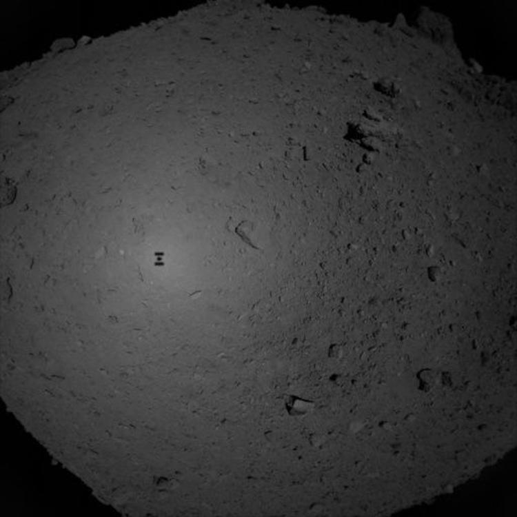 Японский зонд «Хаябуса-2» начал спуск кастероиду Рюгу