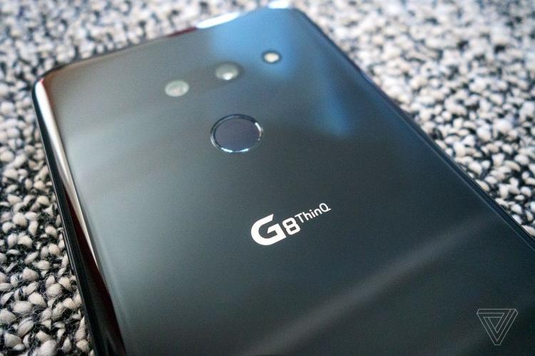 """MWC 2019: смартфон LG G8 ThinQ с воспроизведением звука через OLED-экран"""""""