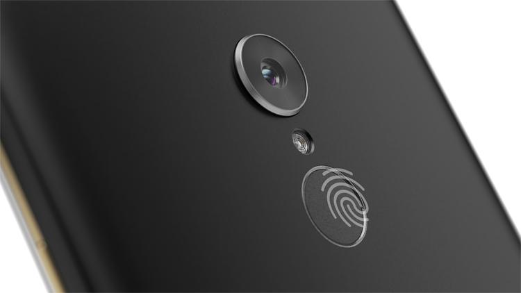 "MWC 2019: компактный планшет Lenovo Tab V7 с поддержкой LTE"""