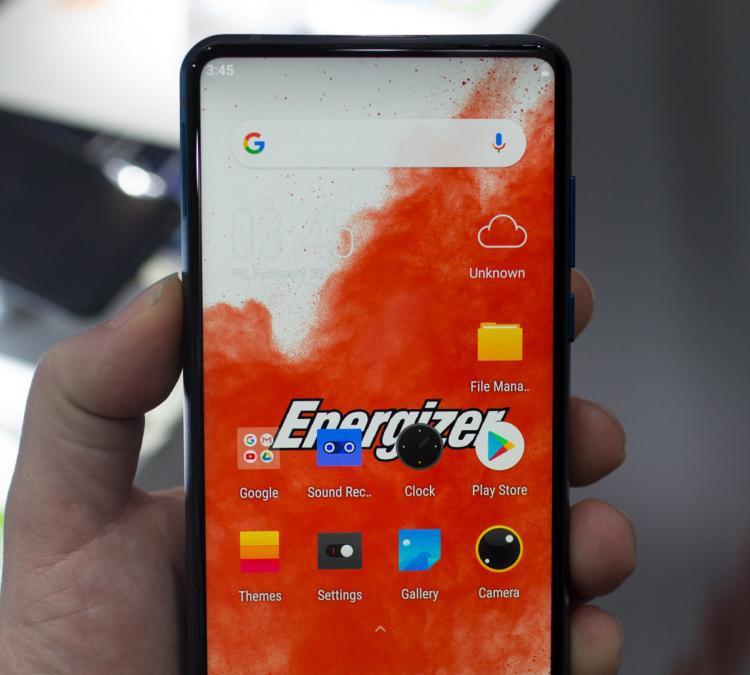 "MWC 2019: смартфон-кирпич Energizer Power Max P18K Pop с рекордной батареей"""