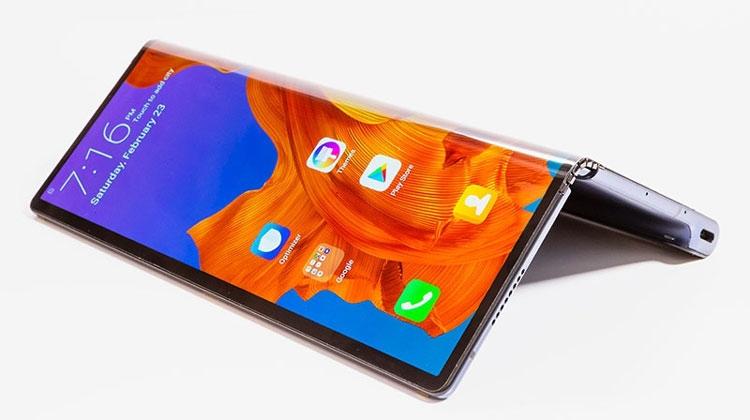 Huawei Mate X, дисплей складываеся экраном наружу