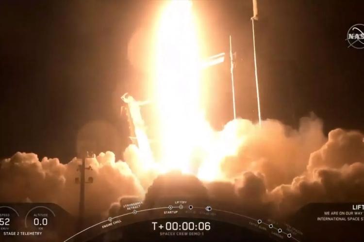 "SpaceX на пути к пилотируемым пускам: запуск нового корабля Crew Dragon прошёл успешно"""