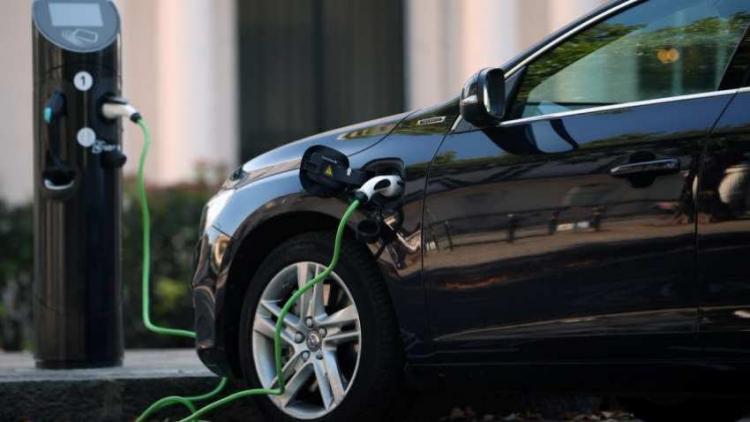 """Немецкий автопром инвестирует в электромобили и автоматизацию 60 млрд евро"""""""