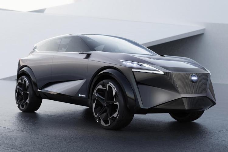 "Nissan IMQ: концепт-кар с «умными» шинами и 33"" дисплеем"