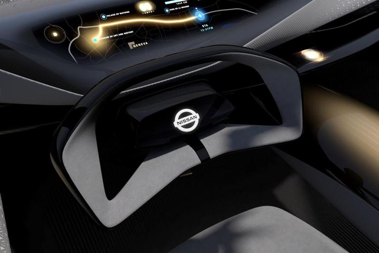 "Nissan IMQ: концепт-кар с «умными» шинами и 33"" дисплеем"""