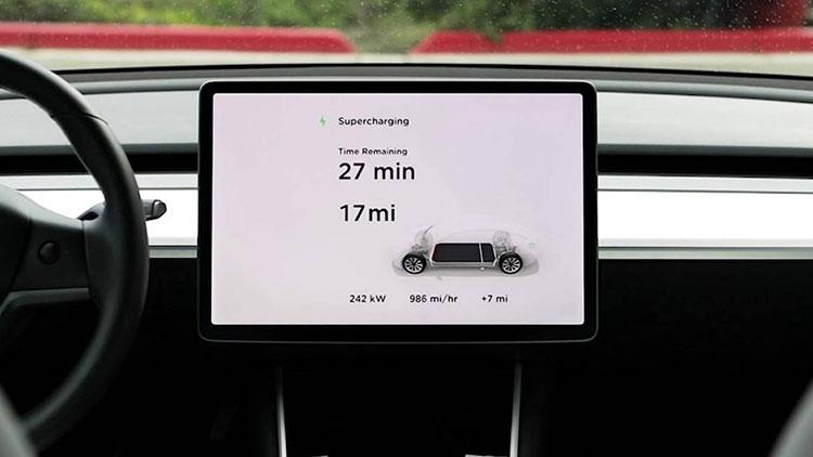 """Tesla представила зарядные станции III поколения: 120 км за 5 минут"""""""