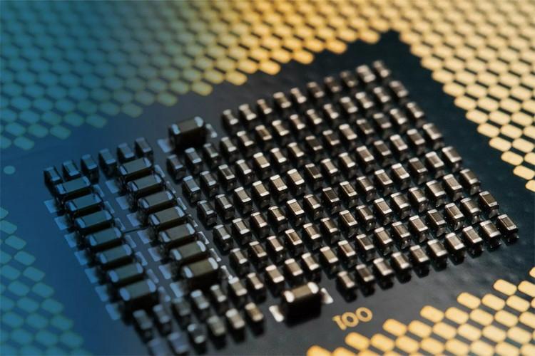 """Дефицит процессоров Intel вновь усилится во втором квартале"""""""