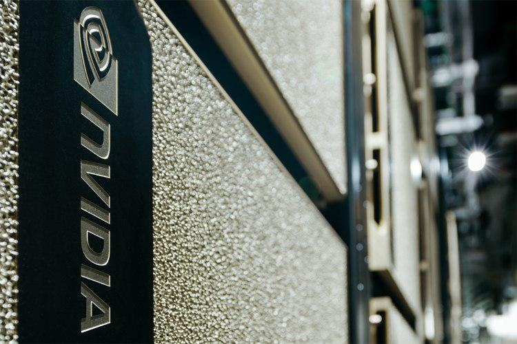 NVIDIA меняет приоритеты: от игровых GPU к центрам обработки данных