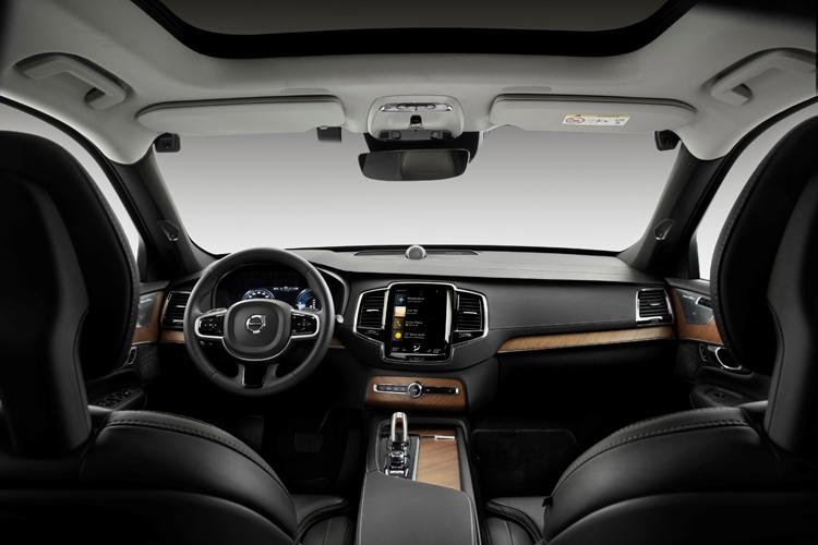 """Автомобили Volvo получат камеры для выявления нетрезвых водителей"""""""
