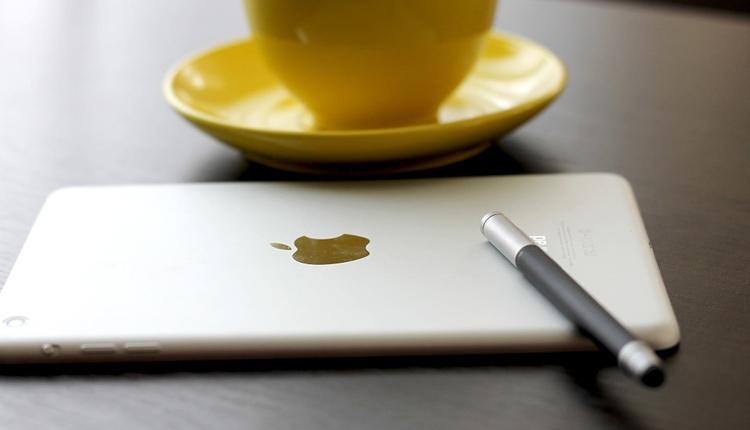 """«Яндекс.Маркет»: устройства Apple лидируют в категориях планшетов и беспроводных наушников"""""""