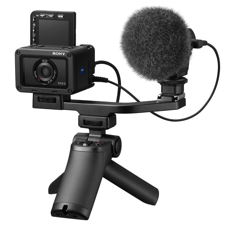 """Sony RX0 II: экшен-камера с откидным дисплеем за €800"""""""