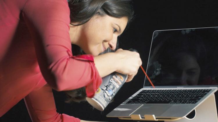"""Попытка №3: Apple так и не решила проблемы с клавиатурами MacBook"""""""