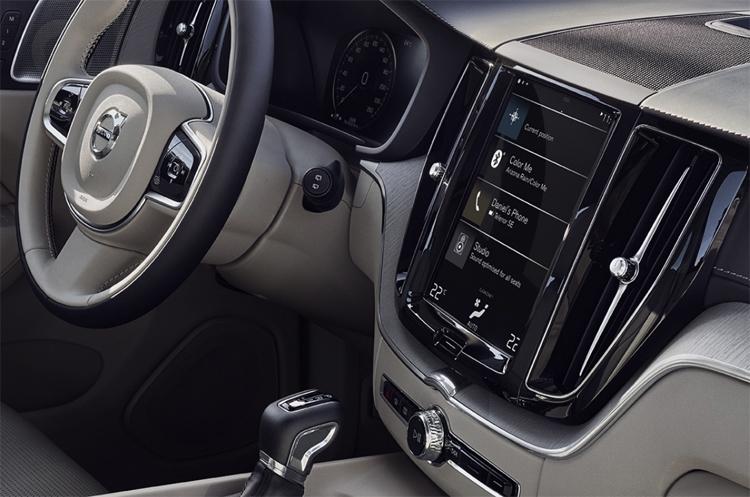 """Впервые в России: Volvo запускает сервис долгосрочной аренды автомобилей"""""""