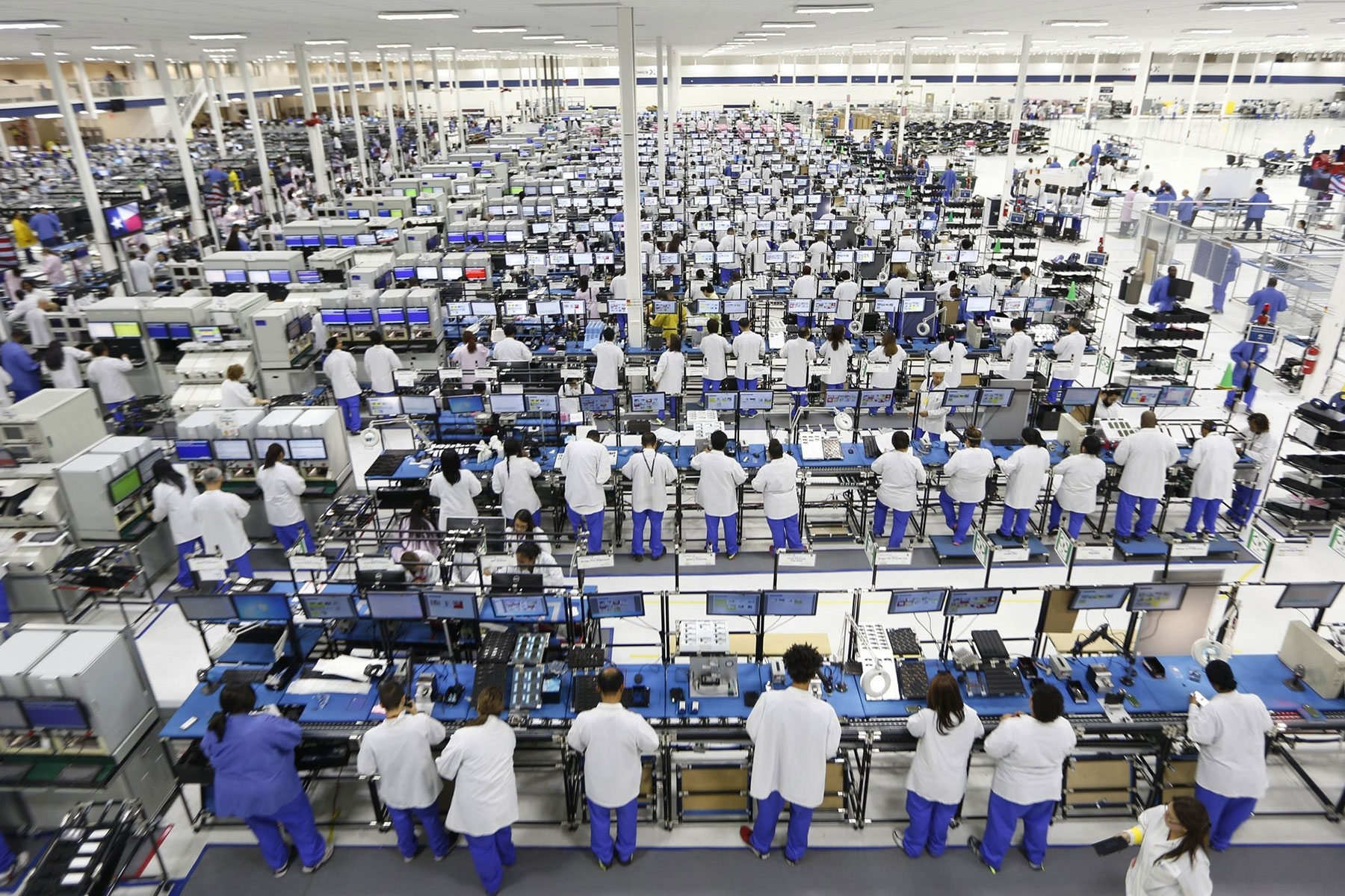 Foxconn сокращает свой мобильный бизнес