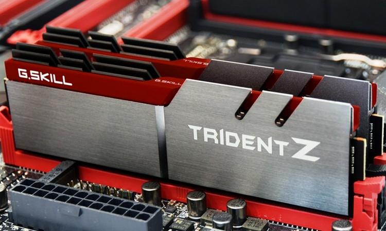 """Время закупаться: модули оперативной памяти DDR4 значительно подешевели"""""""