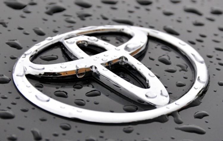 """Toyota готова бесплатно поделиться своими патентами на электромобили"""""""
