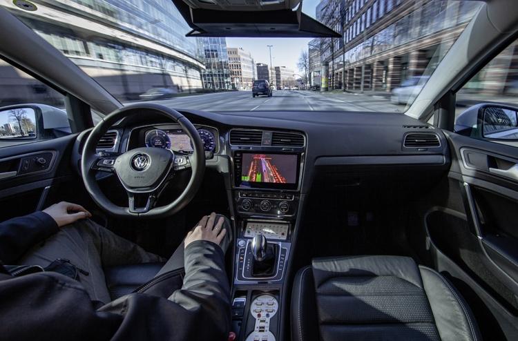 """В Volkswagen начаты испытания автопилота четвёртого уровня"""""""