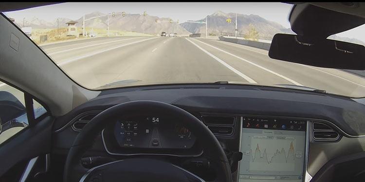 """Полный автопилот Tesla всё ближе: Илон Маск заявил о производстве ИИ-чипа"""""""
