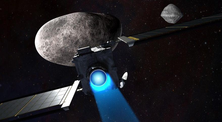 SpaceX выполнит миссию NASA — DART, которая полетит к околоземному астероиду Дидим и столкнется с его маленькой луной в качестве эксперимента по защите Земли от опасных астероидов. (Pic: JHUAPL)