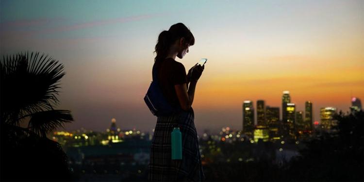 """Экран размером 6,4"""" и батарея на 4900 мА·ч: рассекречен новый смартфон Samsung"""""""