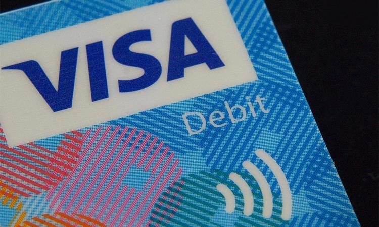 Visa запустила пилотный проект поснятию наличных вмагазинах