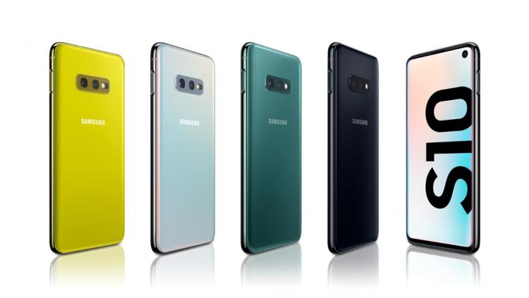 """Samsung сообщила о стоимости ремонта экрана смартфонов семейства Galaxy S10"""""""